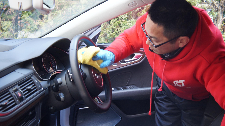 車内清掃1